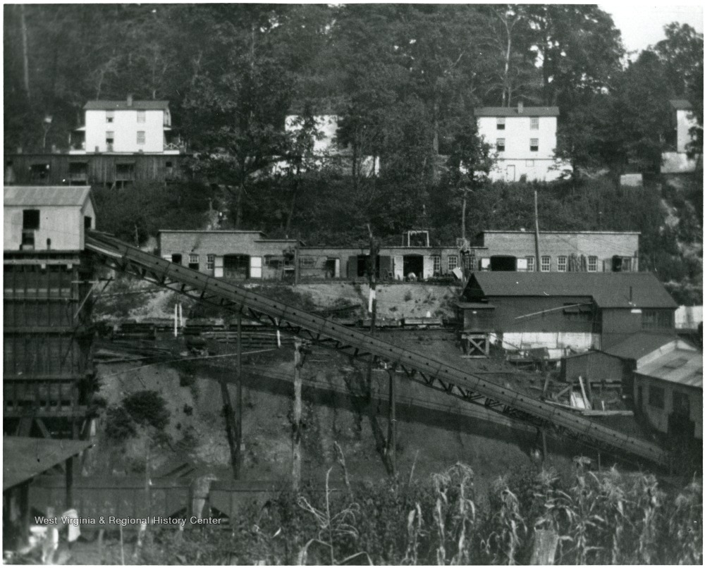 Undated photo of tipple, shaft, and shops at Scott's Run.