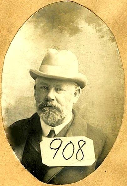Charles H Drayton