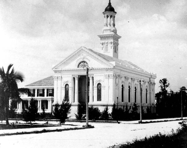 The original church building was constructed in 1900 and stood at East Flagler Street. Image obtained from Florida Memory.