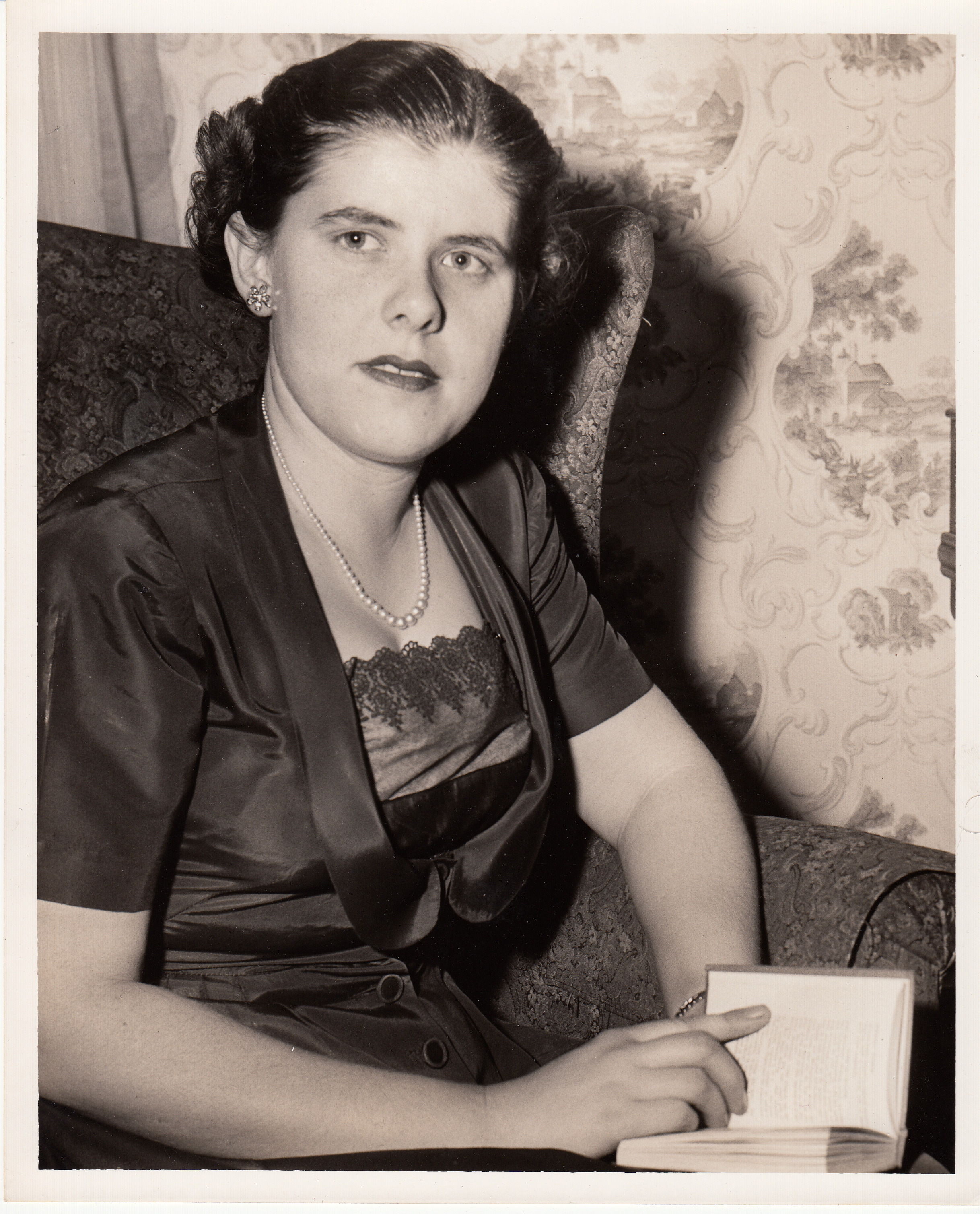 Photograph of Betty Masters, courtesy of Wayne Clark.