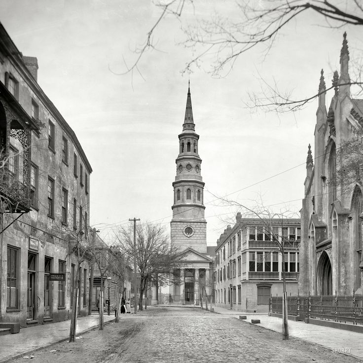 early photo of the chuch, circa 1910