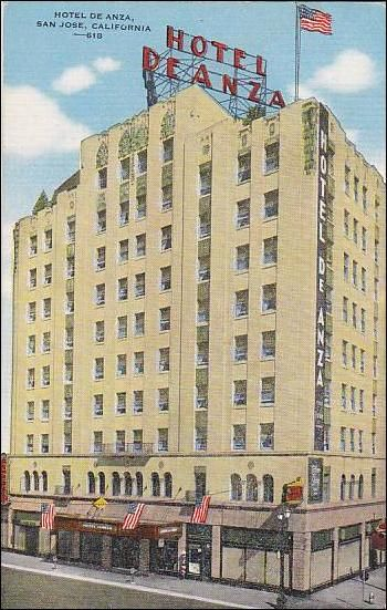 A 1940s postcard that features the Hotel De Anza.