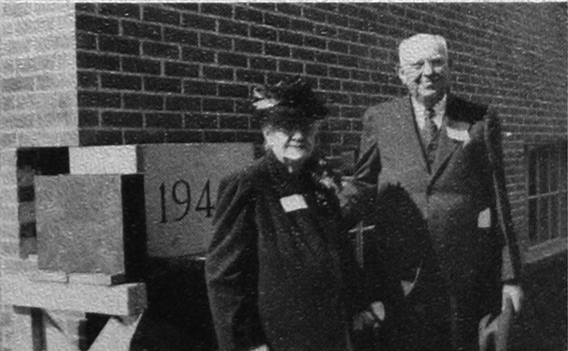 Trustee and Mrs. Charles M. Wall, namesakes of the Wall Science Building.