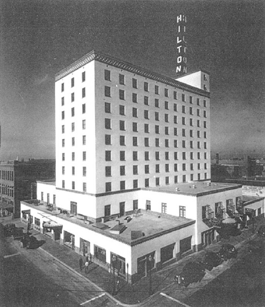 Hotel Hilton not long after it opened in 1939