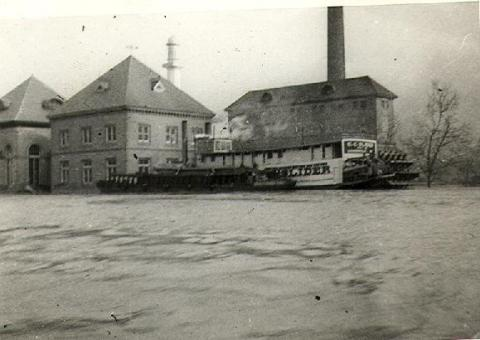 Steamboat at the station during the 1937 Flood (image from Water Tower Park)