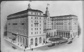 Black and white sketch of the Hotel from 1979.