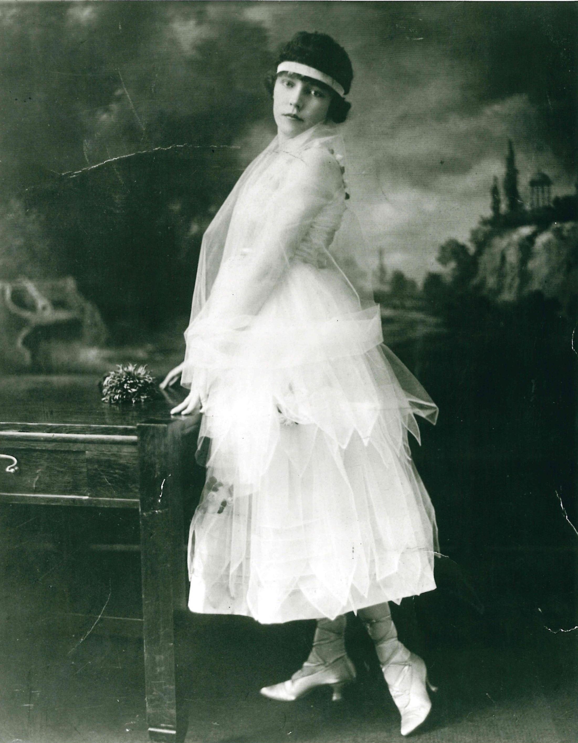 Image 7, Dorothy Lougheed, c. 1920s