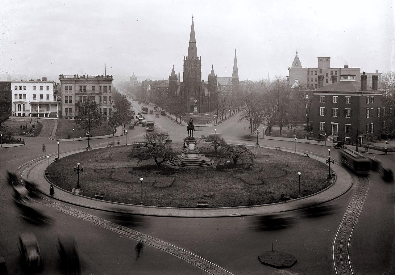 Thomas Circle in 1922