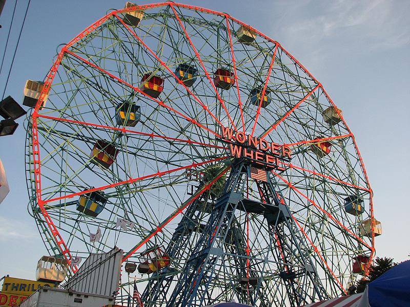 Closeup of the Wonder Wheel