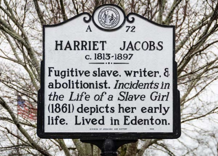 This historical marker is located next to the Historic Edenton Visitors Center, which offers information and tours related to the life of Harriet Jacobs.