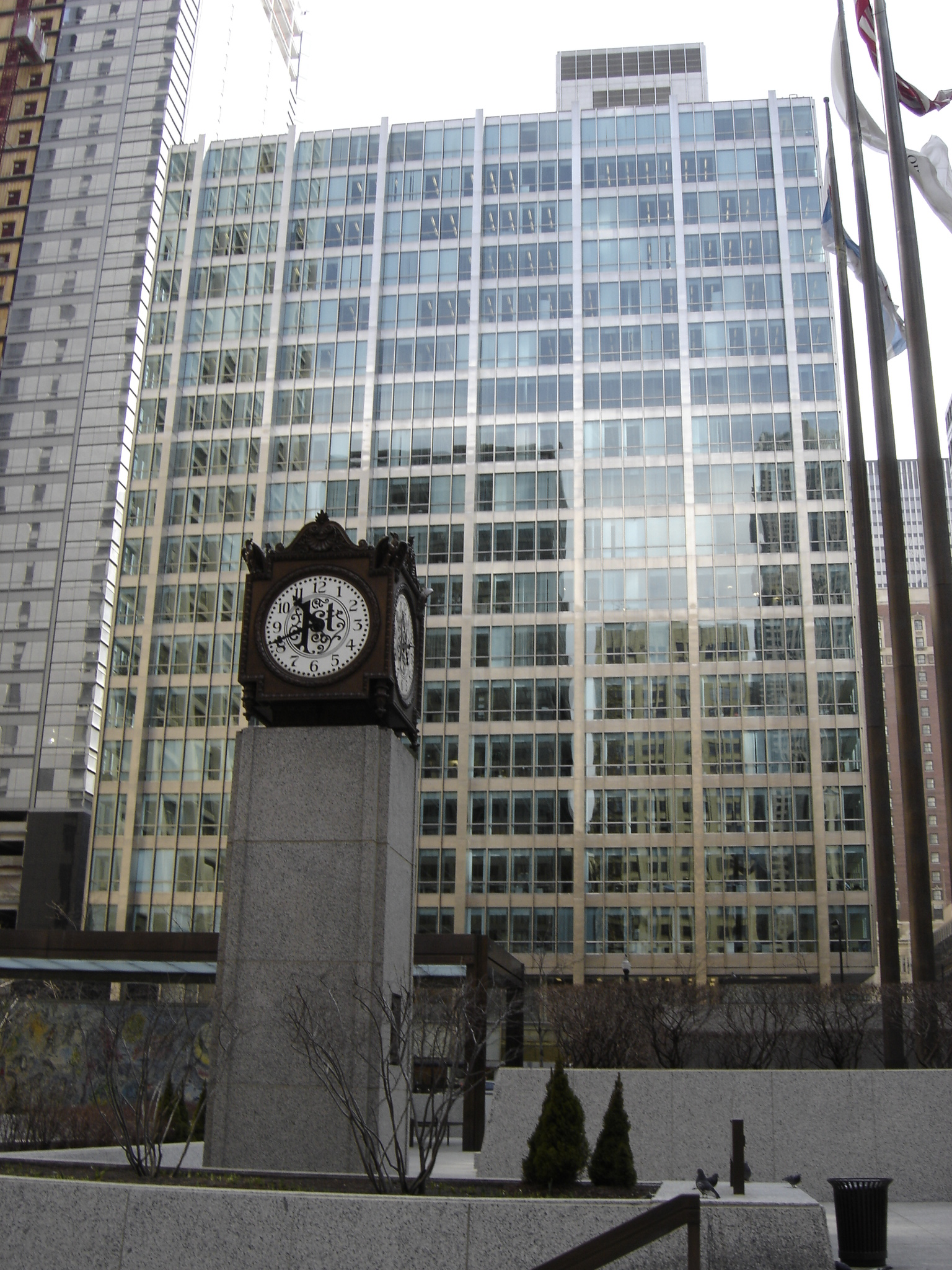 This building became the first modern glass and exposed steel building in Chicago hen it was completed in 1958.