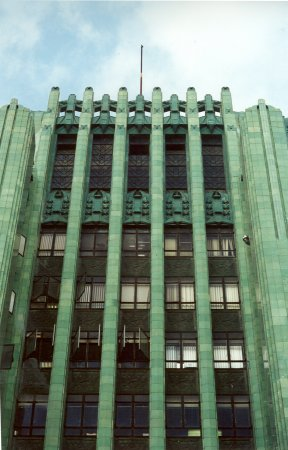 The Emerald Facade of the Los Angeles Jewelry Center.