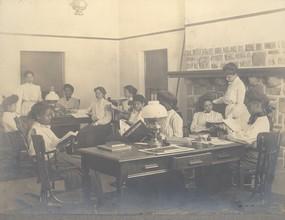 Emlen Reading Hall (1900)