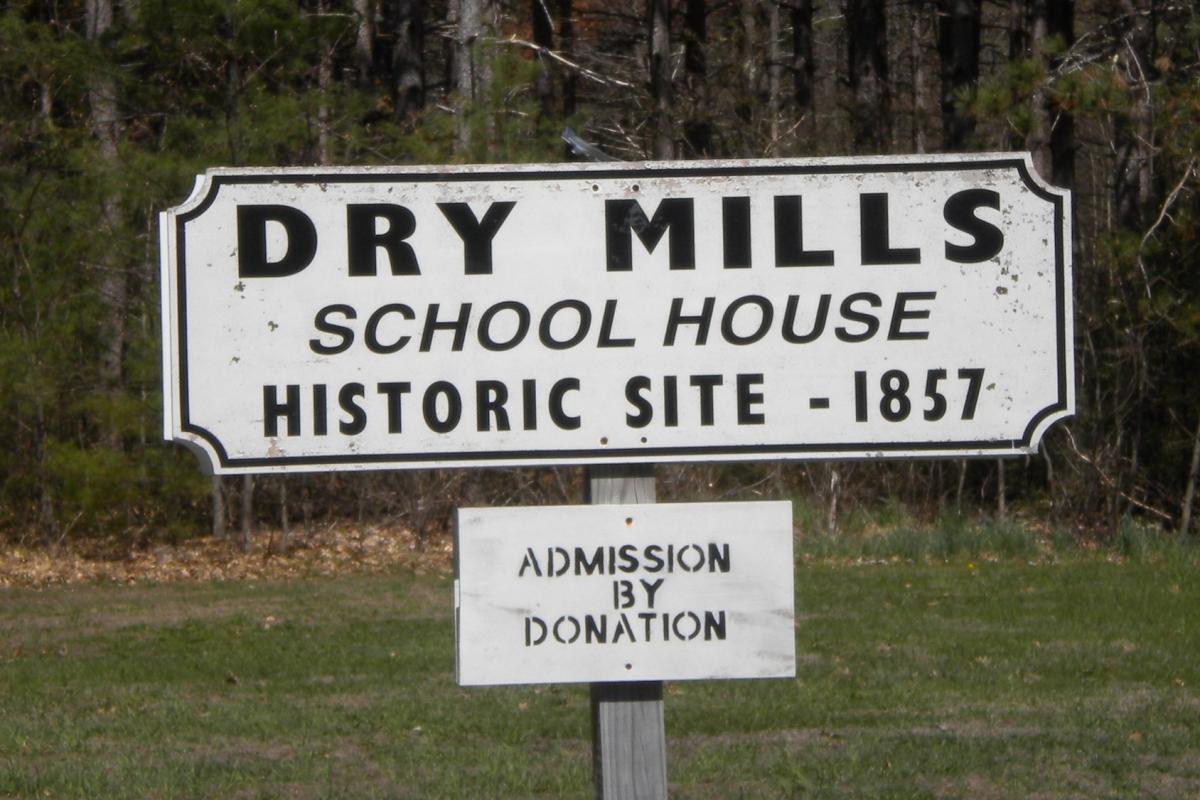 Dry Mills Schoolhouse Historical Marker
