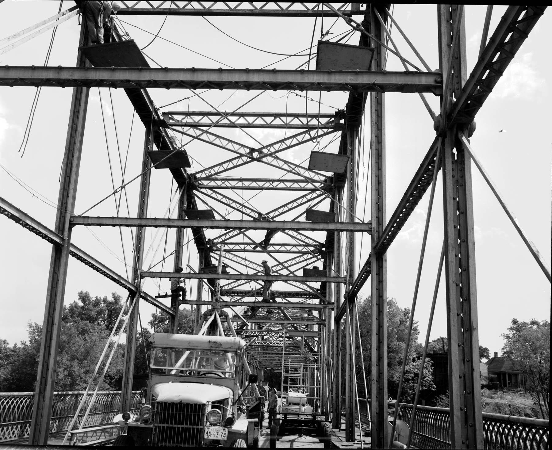 Repair work on the Walnut Street Bridge in the late 1950s.