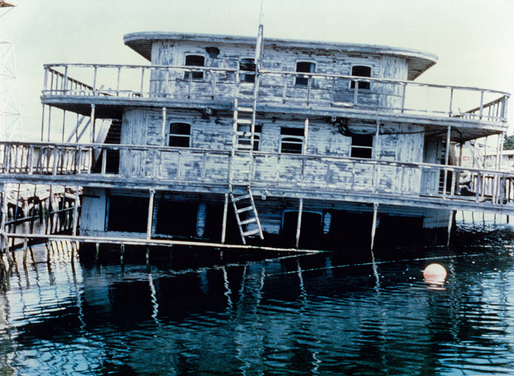 The Delta King fell into disrepair and even sunk into the water. It was restored in the 1980s.