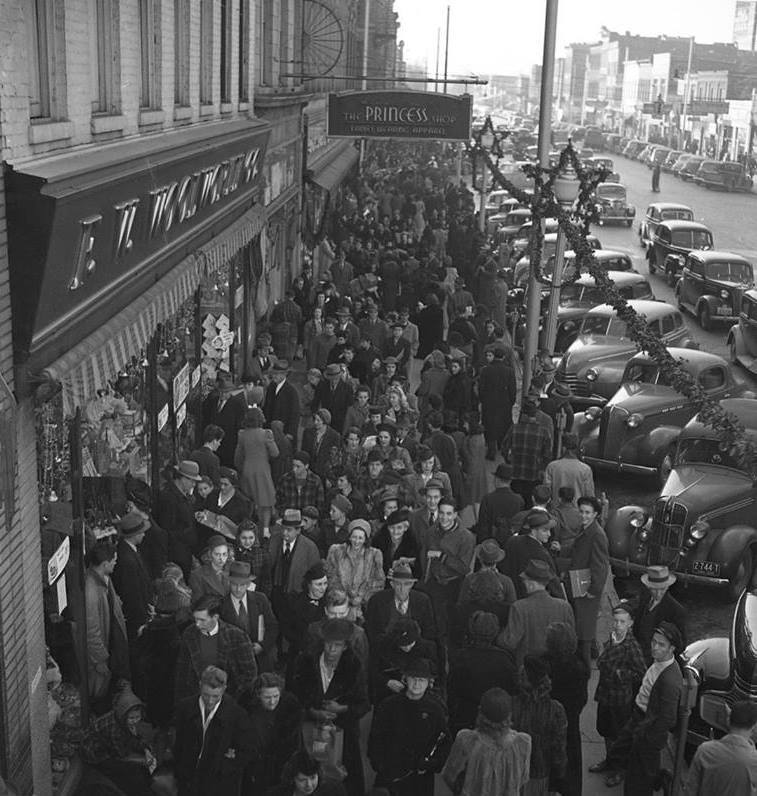 Christmas shoppers outside of The Princess Shop, 1930s-1940s