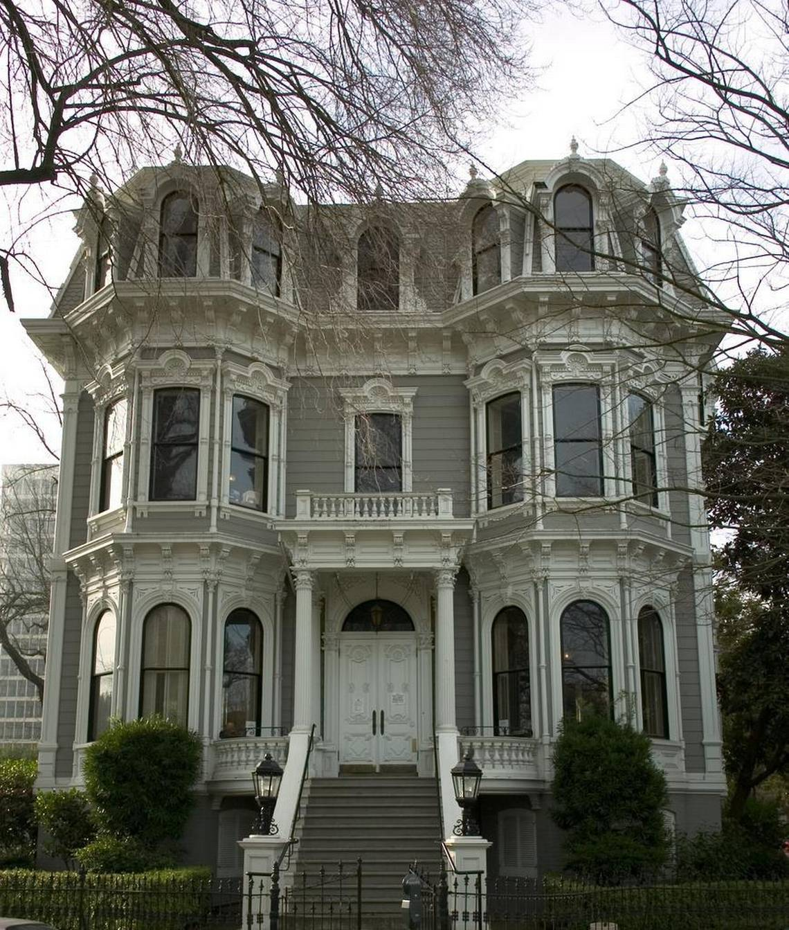 The 3-story structure has 13-foot high ceilings on the first floor and 12-foot ceilings on the second. The entire structure was build 8 feet above street level to avoid the catastrophic floods that plagued Sacramento's earlier history.