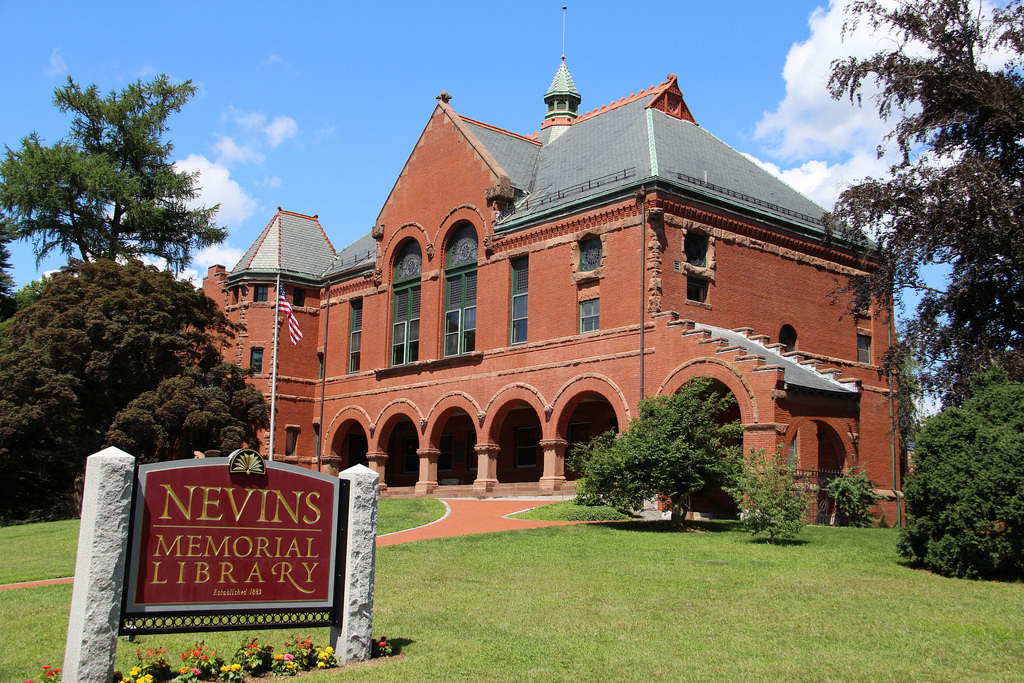 The street-facing side of the Nevins Memorial Library