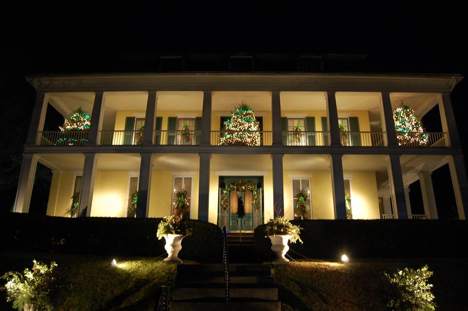 The Baldwin Reynolds House decorated for Christmas