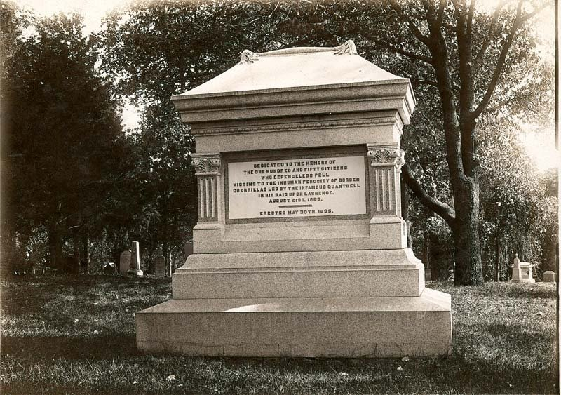 Monument Honoring Victims of Quantrill's Raid, Oak Hill Cemetery, Photo courtesy of: kansashumanities.org