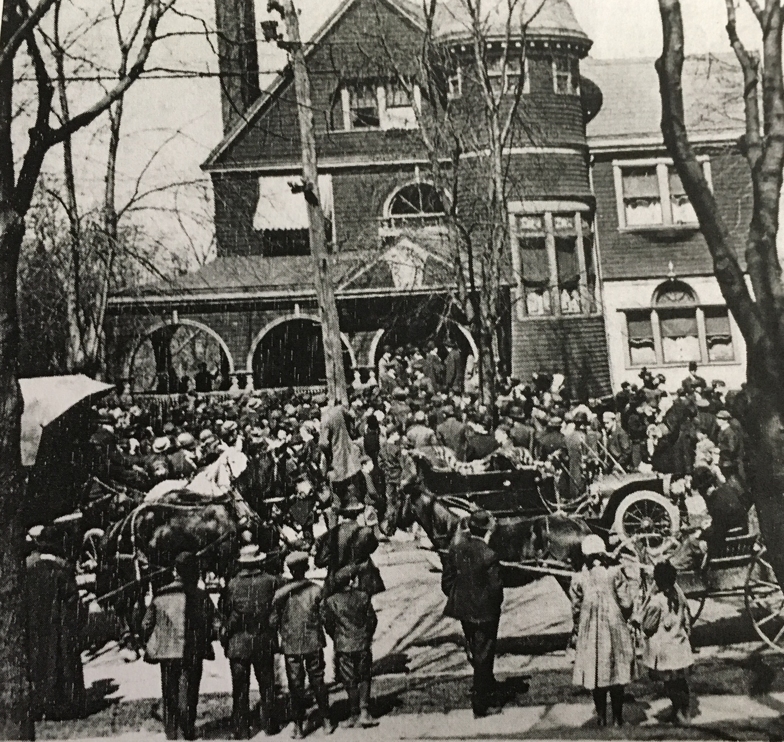 The arrival of Billy Whitla at his parent's Mansion after being kidnapped in 1909.