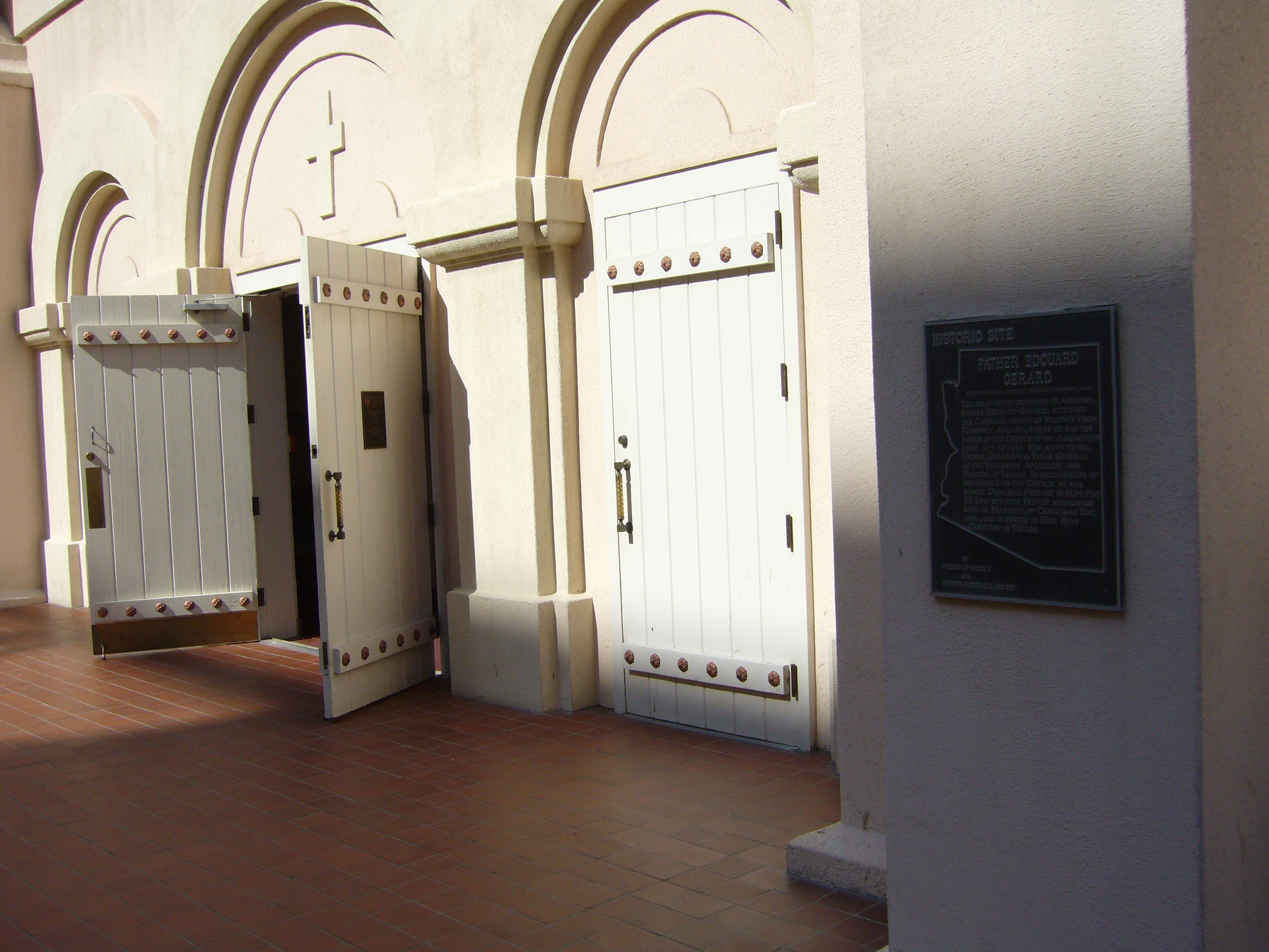 Front entrance to St. Mary's Basilica. Note Marker is to the right of the doors. 2010. (Bill Kirchner/hmdb.org)
