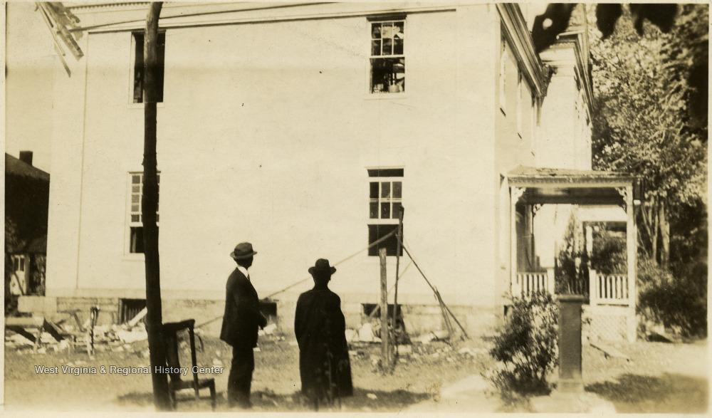 Photograph, Plant, Building, Window