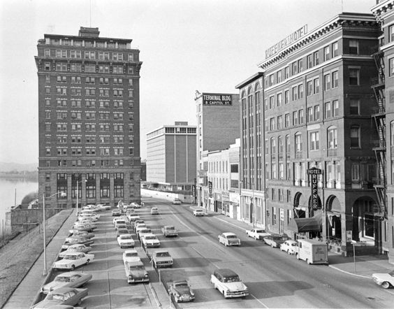 Kanawha Boulevard in 1967.  Note the Ruffner Hotel at far right, only three years before it was demolished.