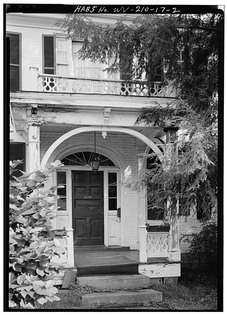 Front entrance of the Putney House, circa 1980
