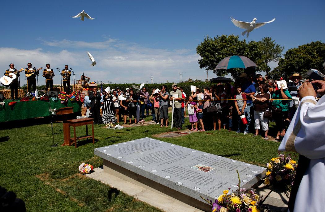 Los Gatos crash memorial dedication