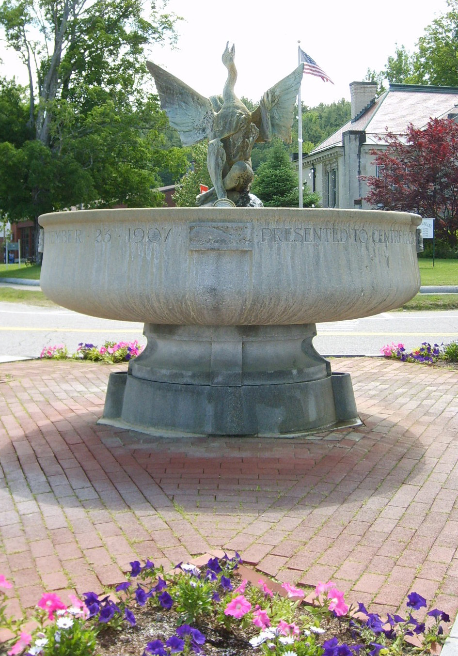 A Photo of the Iconic Fountain in the Historic District, by SatyrTN in June of 2007, Creative Commons Licensed Attribution