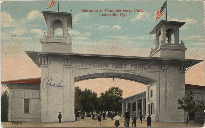 Postcard portraying image of entrance to Fontaine Ferry Park in 1915.