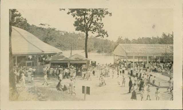 1930s in Lakewood Park. Collection of City of Waterbury, Silas Bronson Library Digital Photos.