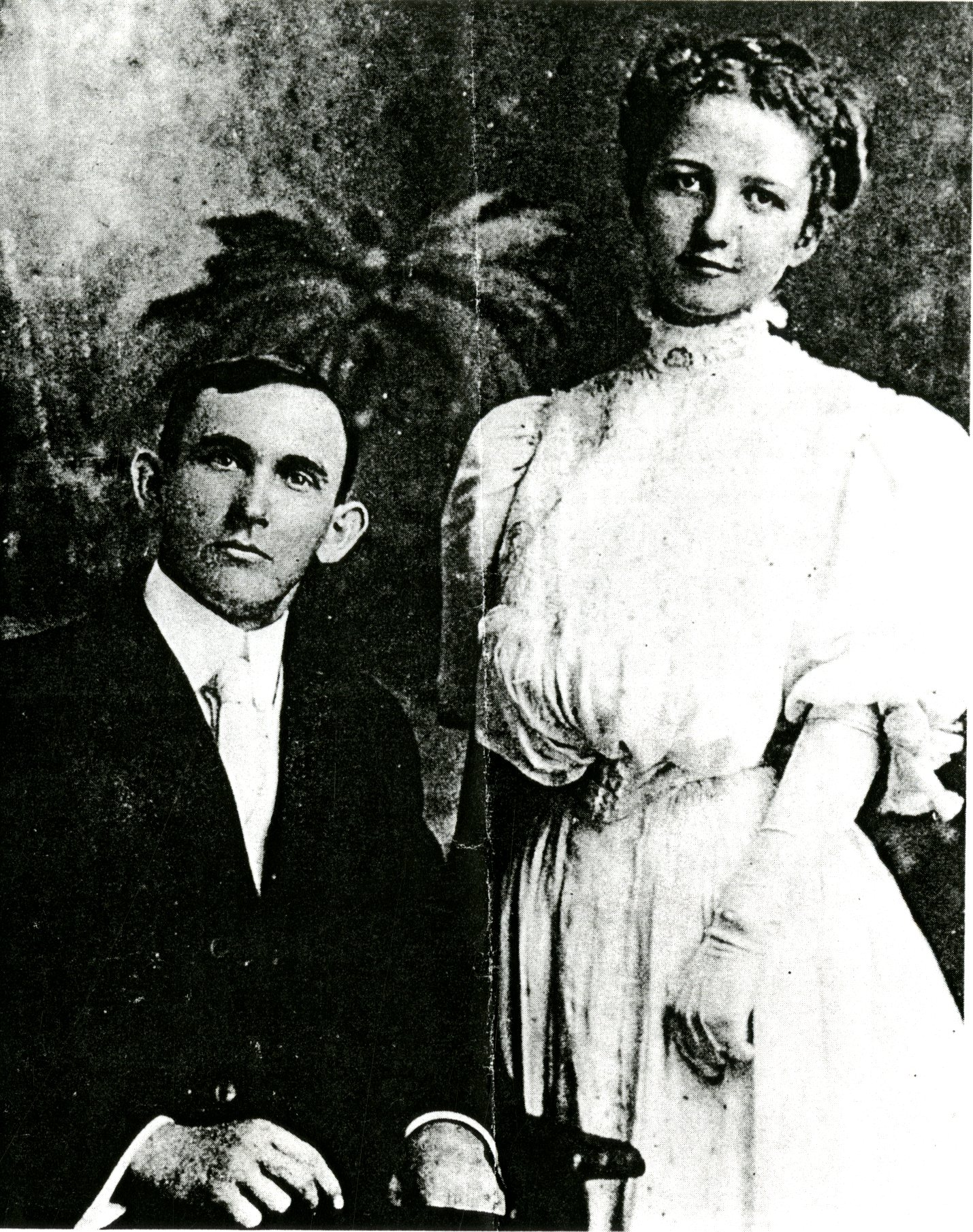 Dr. Byrd and Lula McMullen, circa 1912. Dr. Bryd McMullen, son of Bethel McMullen and grandson of James Paramore and Elizabeth Campbell McMullen, became the second superintendent of the Sunday school at Green Springs Episcopal Church South (now known as the Safety Harbor Church) when the first superintendent, Odett William Booth, stepped down, around 1911.