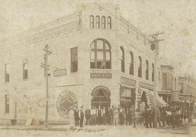 Former Caffee Building that housed the Caffee Drug Company and other drug stores through the years before being torn down for the building of the 1960 Bank of Carthage #2 building. This image is circa 1900.