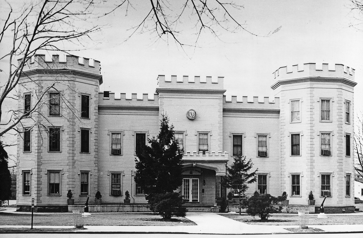 Old Picture of Building