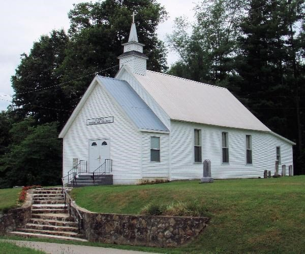 Oldtown Christian Church, home of Oldtown Cemetery and the salt kettle memorial.