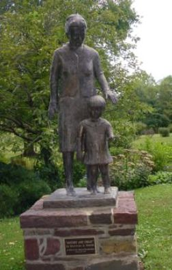 Statue of Pearl commemorating her founding of the Welcome House - an adoption agency specifically designed to provide homes for mixed-race children. The agency is still operating to this day.