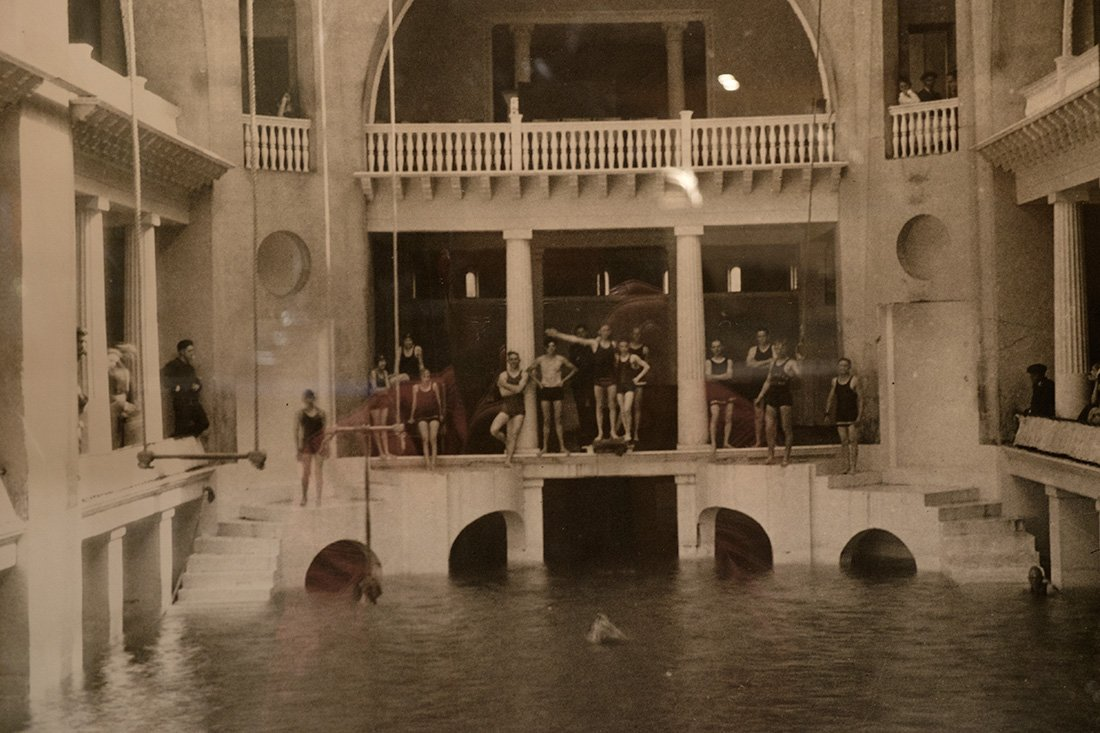 An old photo of the swimming pool.