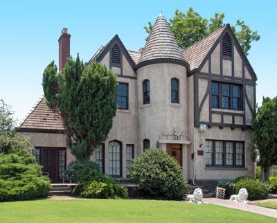 Kindler House
