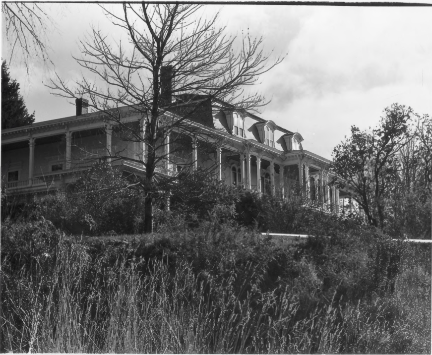 Exterior of the Charles E. Tilton Mansion by Allan and Celia Willis in January of 1981