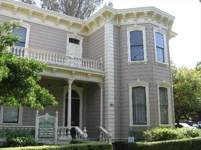 Dresbach-Hunt-Boyer Mansion