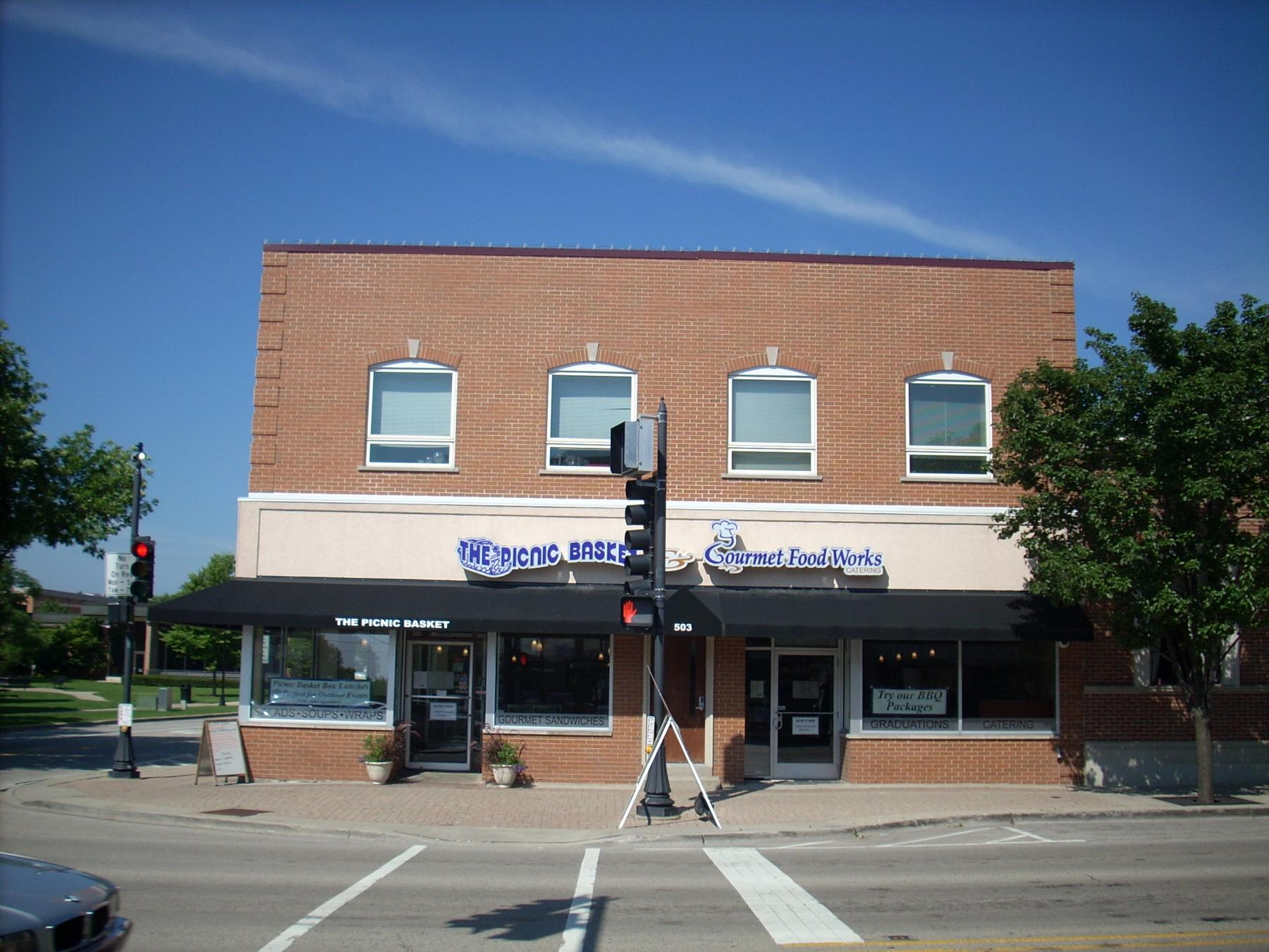 501 - 505 N. Milwaukee Ave, The Picnic Basket Restaurant