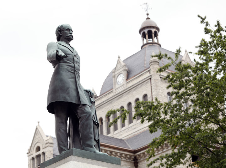 Breckinridge Statue (image from the Huffington Post)