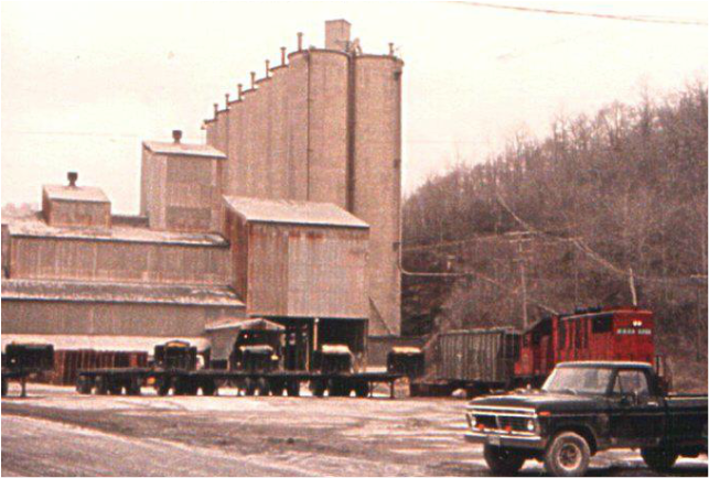 The Marquette/Lonestar Cement Plant (1964)