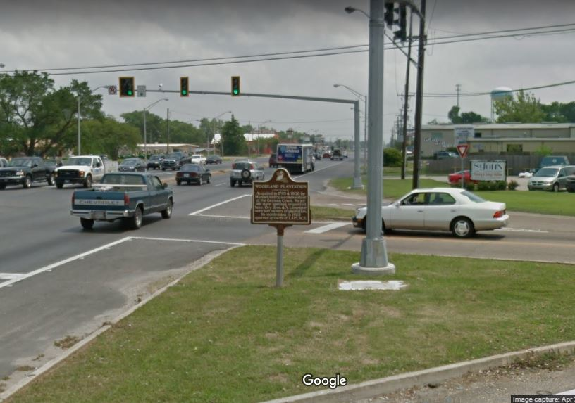 This is the busy intersection where the marker is located.
