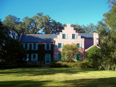 Frontview of the Medway Plantation showcasing its Dutch architecture.