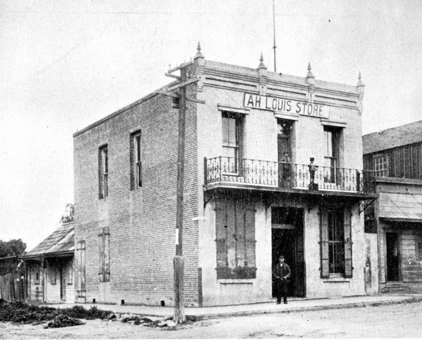Ah Louis Store (photo circa 1900-1909)
