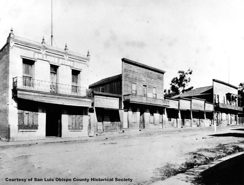 Ah Louis Store and its neighbors on Palm Street (1910)
